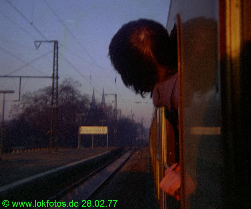 http://www.lokfotos.de/fotos/1977/0228/00001.jpg