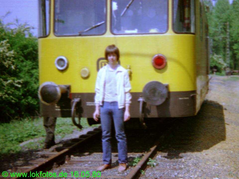 http://www.lokfotos.de/fotos/1980/0516/00212.jpg