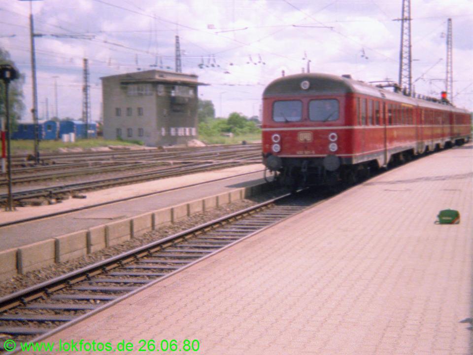 http://www.lokfotos.de/fotos/1980/0626/00261.jpg