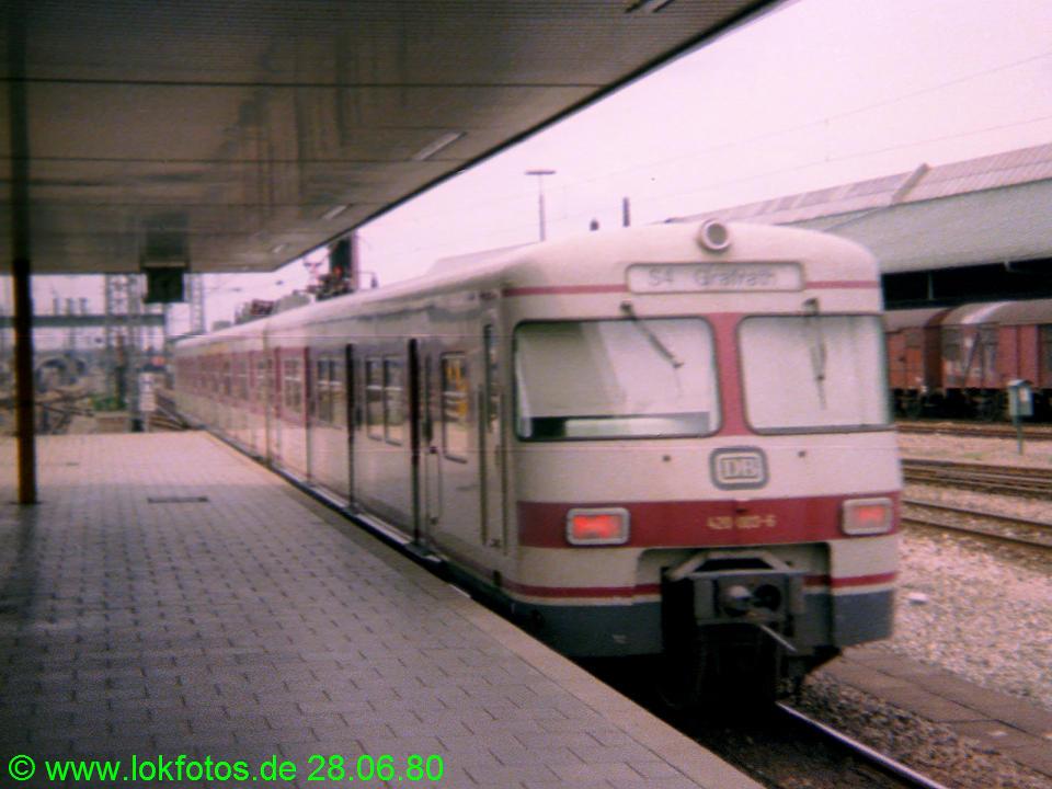 http://www.lokfotos.de/fotos/1980/0628/00269.jpg