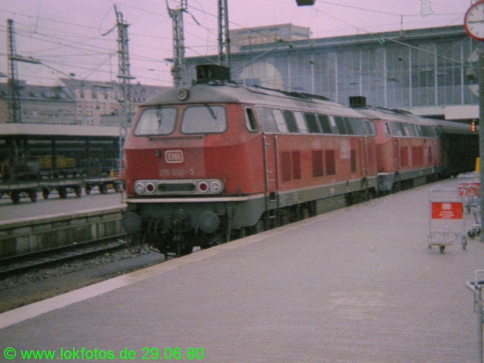 http://www.lokfotos.de/fotos/1980/0629/00273.jpg