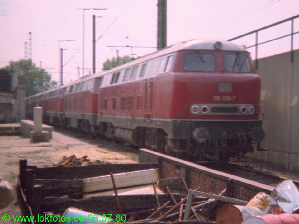 http://www.lokfotos.de/fotos/1980/0706/00286.jpg
