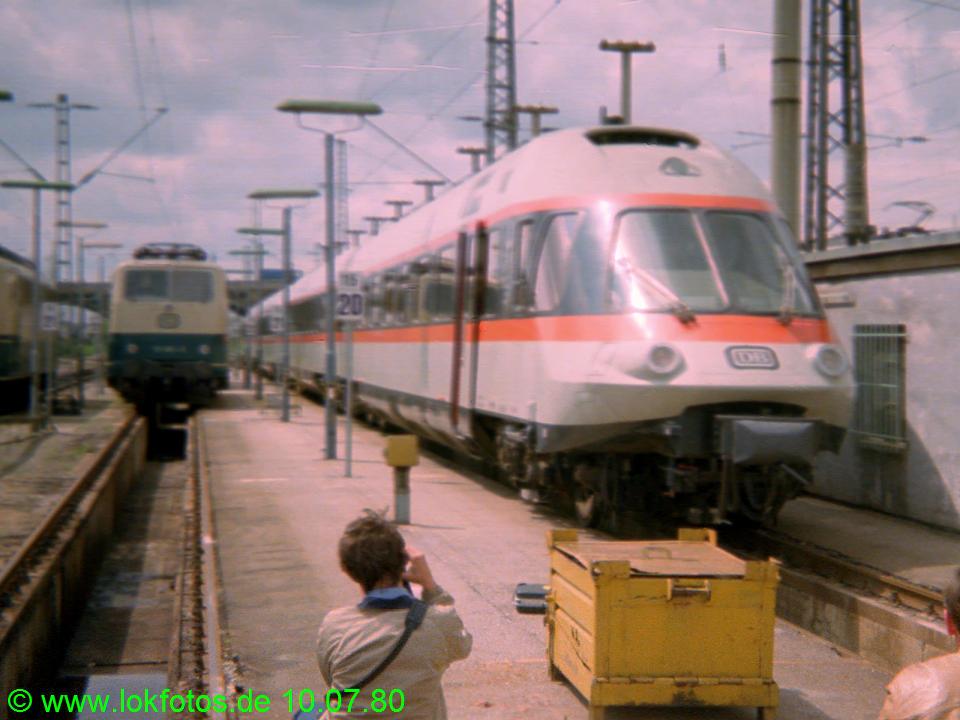 http://www.lokfotos.de/fotos/1980/0710/00294.jpg