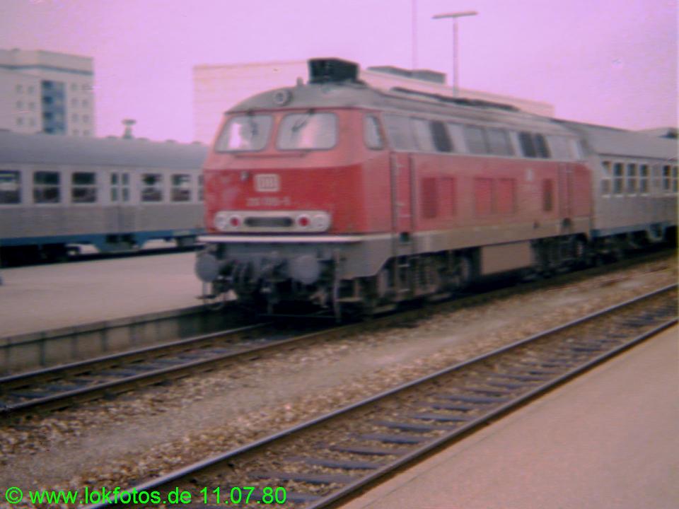 http://www.lokfotos.de/fotos/1980/0711/00302.jpg