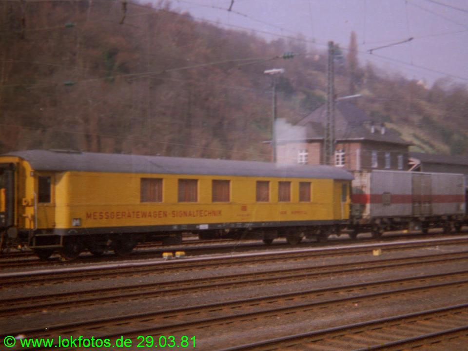 http://www.lokfotos.de/fotos/1981/0329/00433.jpg