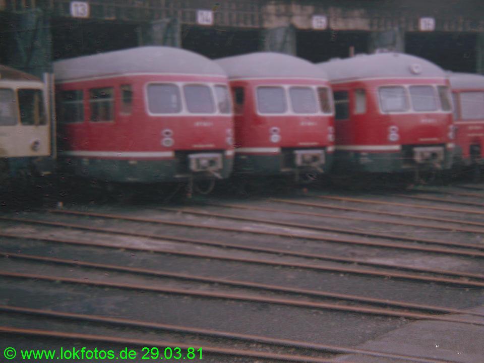 http://www.lokfotos.de/fotos/1981/0329/00434.jpg