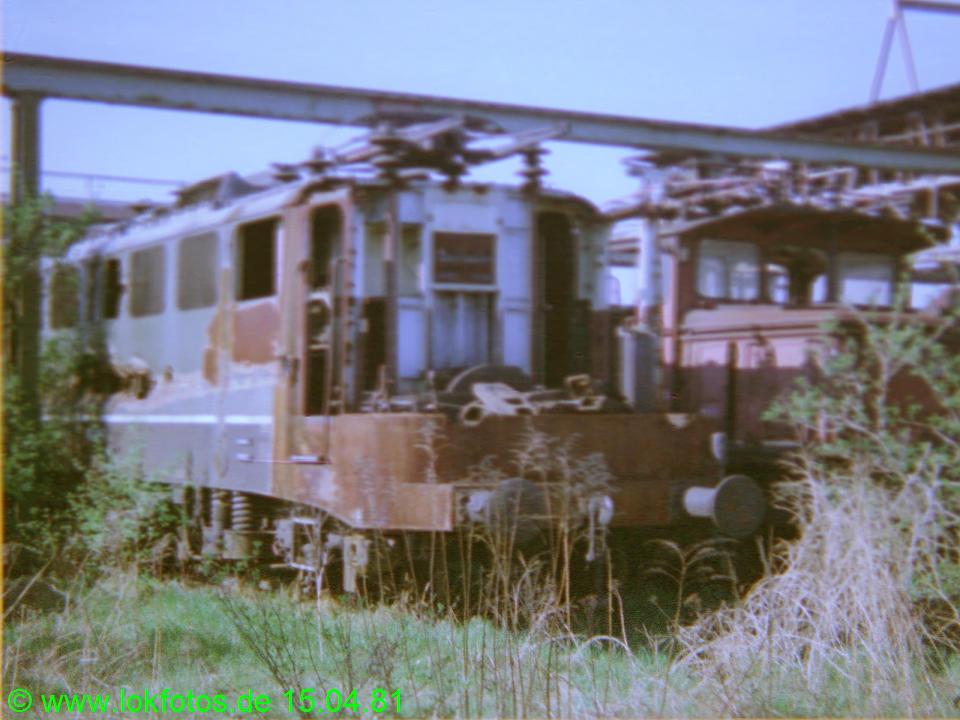 http://www.lokfotos.de/fotos/1981/0415/00509.jpg