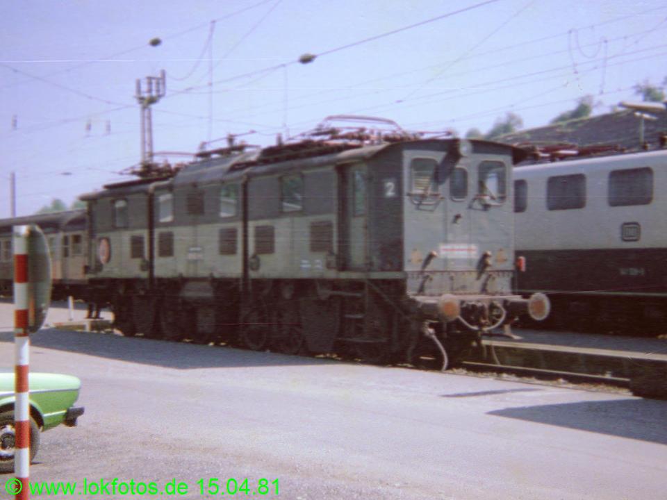http://www.lokfotos.de/fotos/1981/0415/00525.jpg