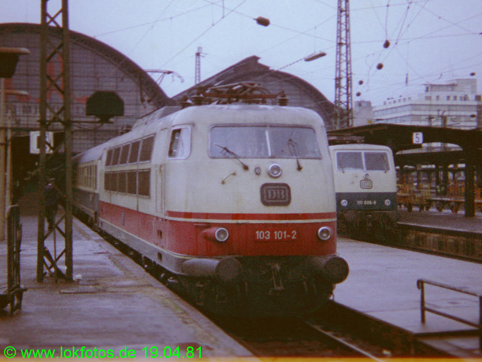 http://www.lokfotos.de/fotos/1981/0419/00532.jpg