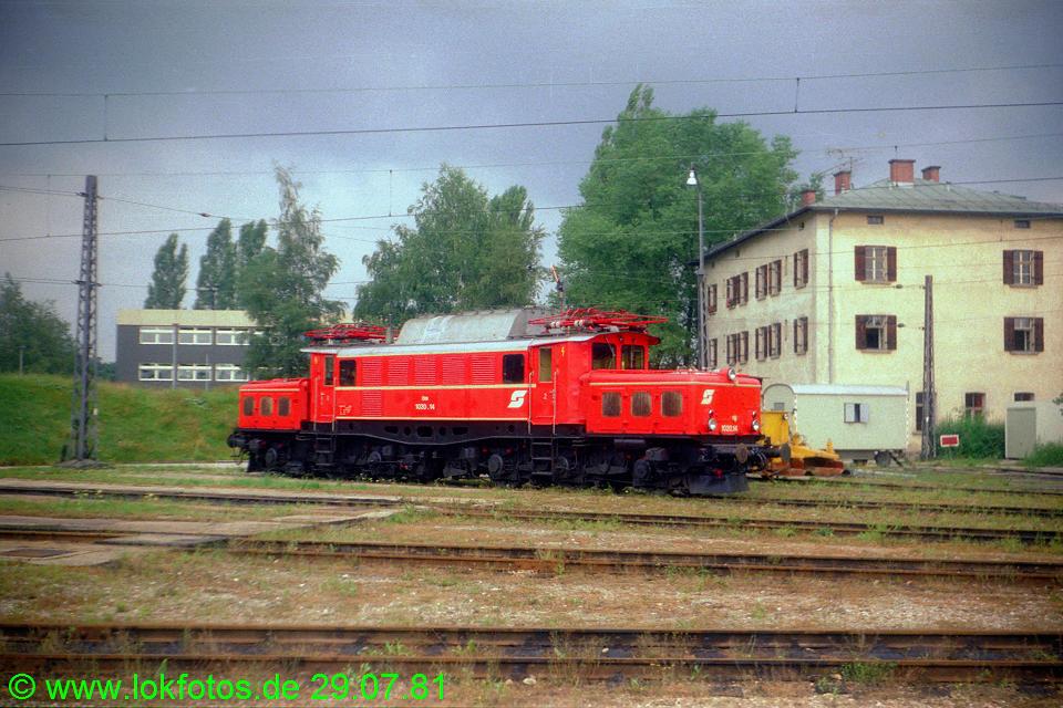 http://www.lokfotos.de/fotos/1981/0729/00612.jpg