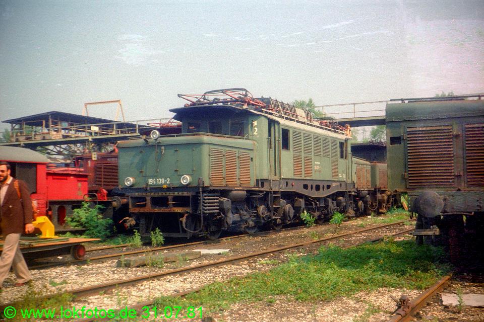 http://www.lokfotos.de/fotos/1981/0731/00648.jpg