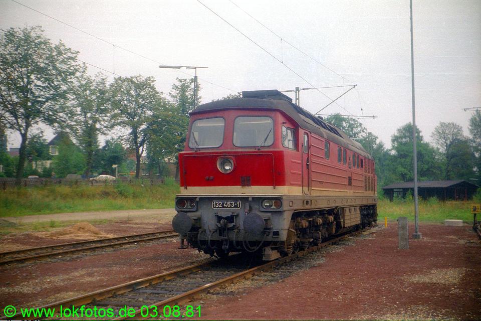 http://www.lokfotos.de/fotos/1981/0803/00670.jpg