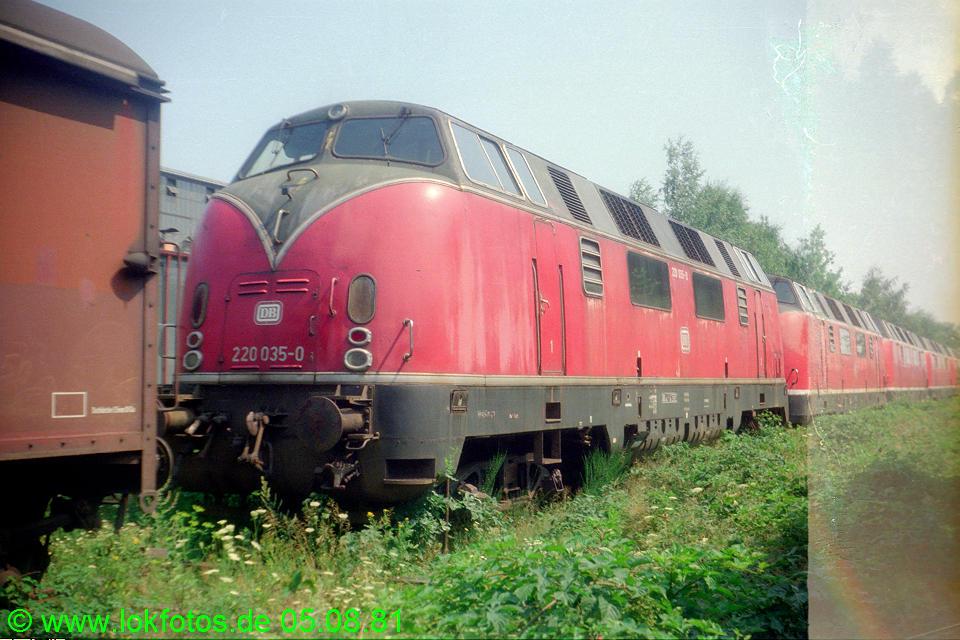 http://www.lokfotos.de/fotos/1981/0805/00704.jpg