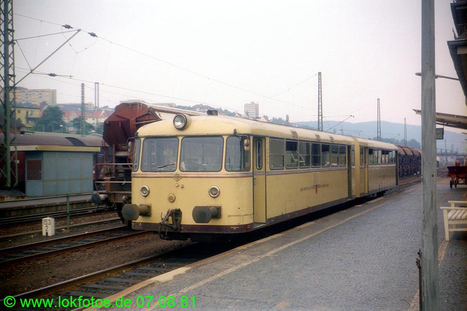 http://www.lokfotos.de/fotos/1981/0807/00718.jpg