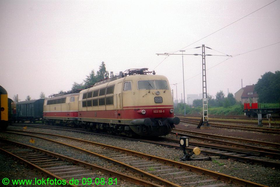 http://www.lokfotos.de/fotos/1981/0809/00728.jpg