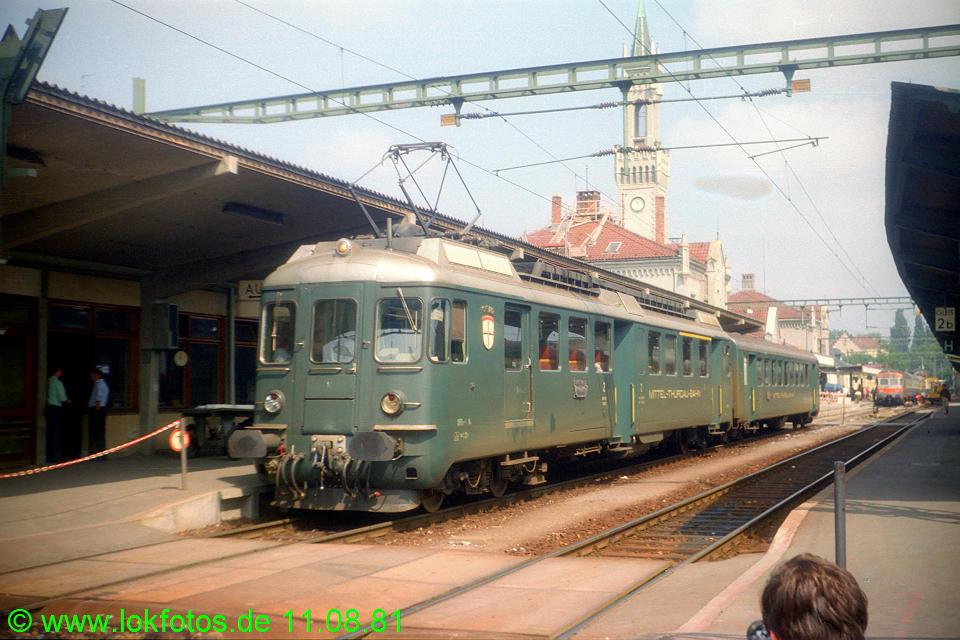 http://www.lokfotos.de/fotos/1981/0811/00735.jpg