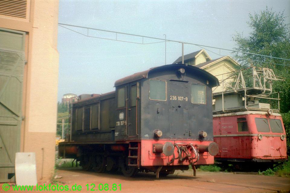 http://www.lokfotos.de/fotos/1981/0812/00744.jpg