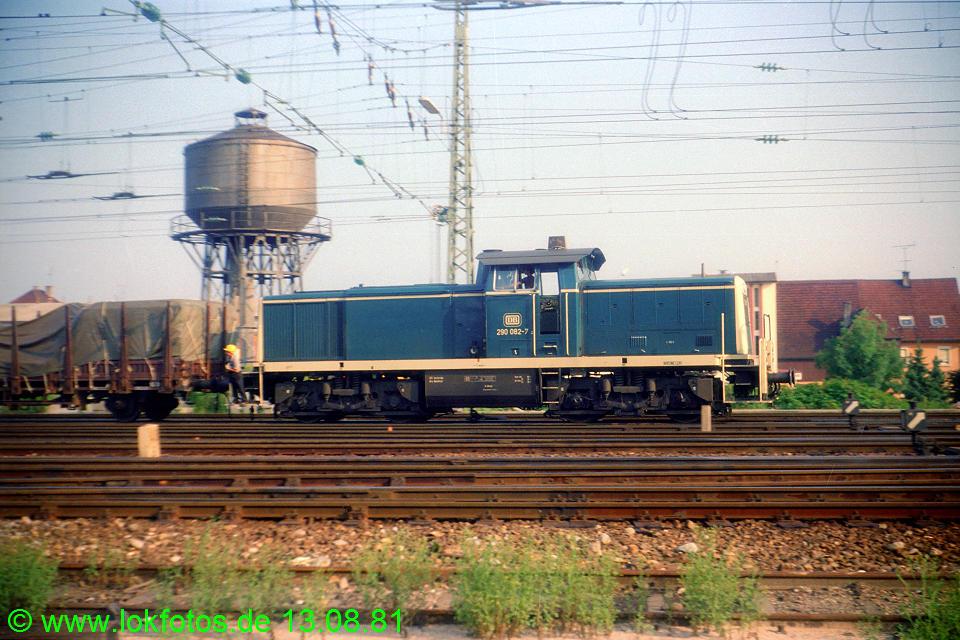 http://www.lokfotos.de/fotos/1981/0813/00751.jpg