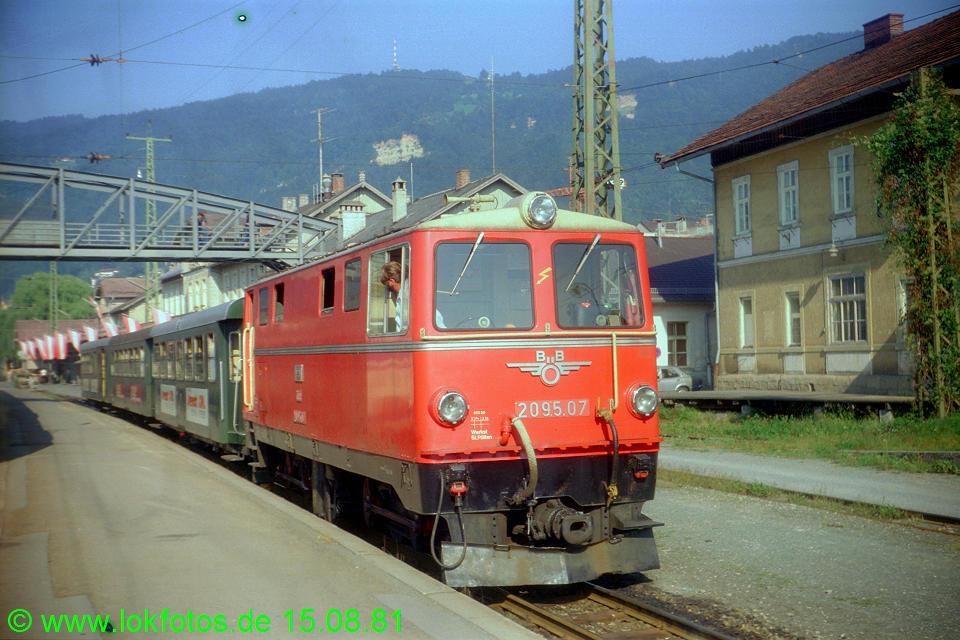 http://www.lokfotos.de/fotos/1981/0815/00766.jpg