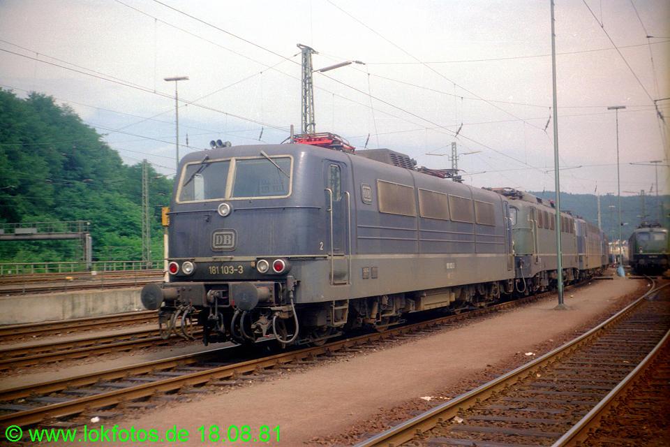 http://www.lokfotos.de/fotos/1981/0818/00773.jpg