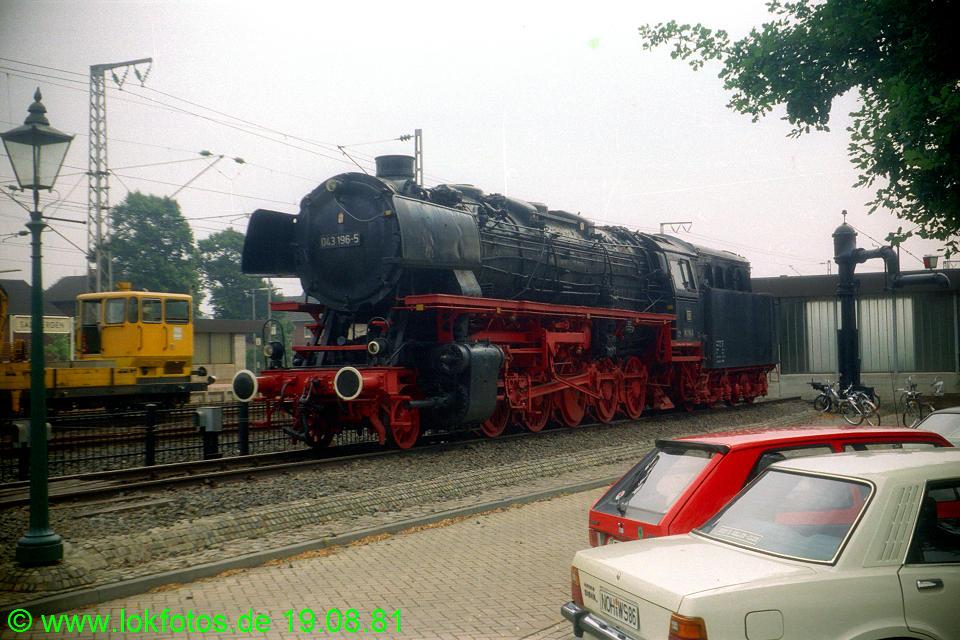 http://www.lokfotos.de/fotos/1981/0819/00779.jpg