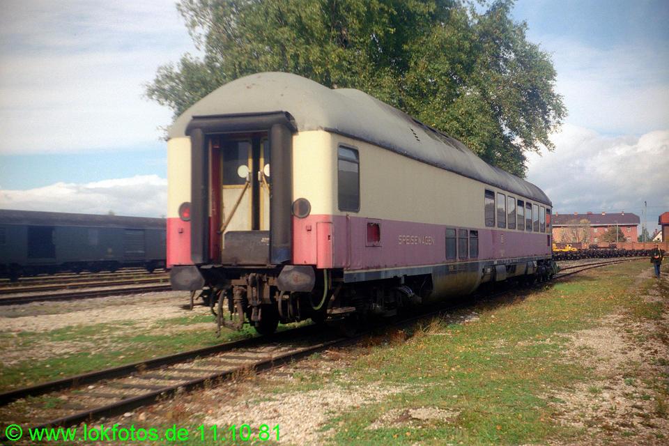 http://www.lokfotos.de/fotos/1981/1011/00826.jpg