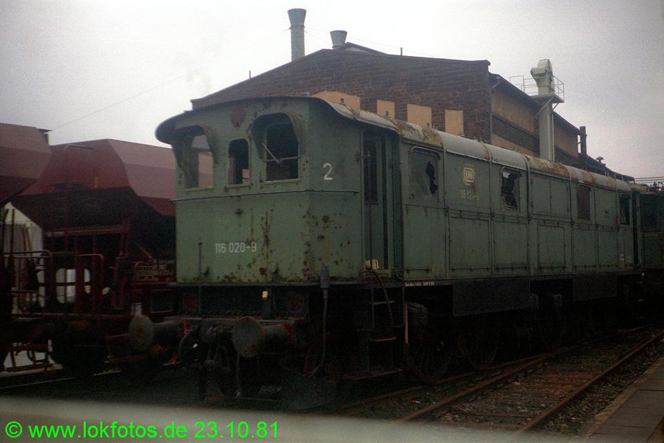 http://www.lokfotos.de/fotos/1981/1023/00872.jpg