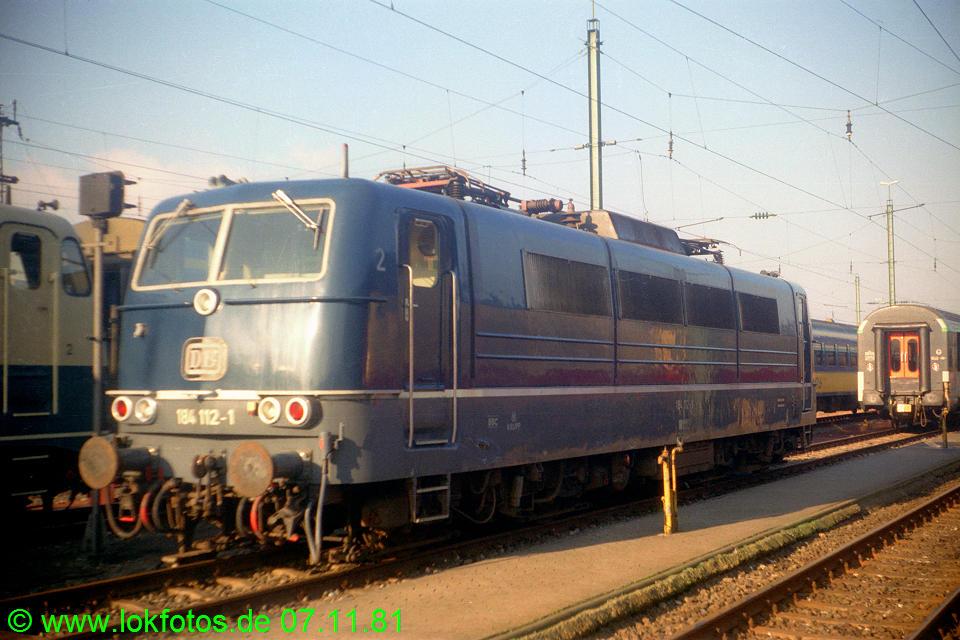 http://www.lokfotos.de/fotos/1981/1107/00899.jpg