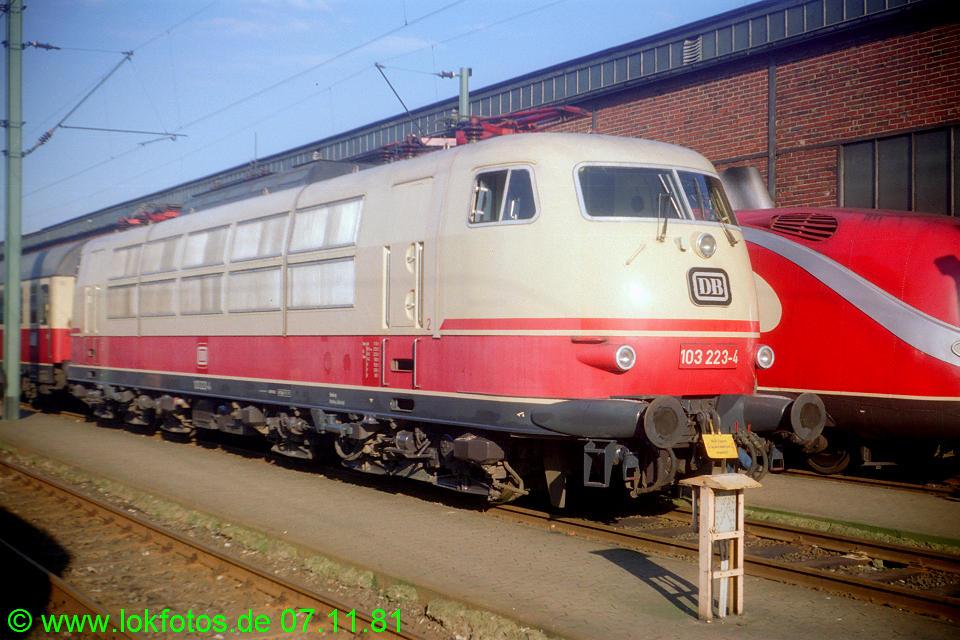 http://www.lokfotos.de/fotos/1981/1107/00905.jpg