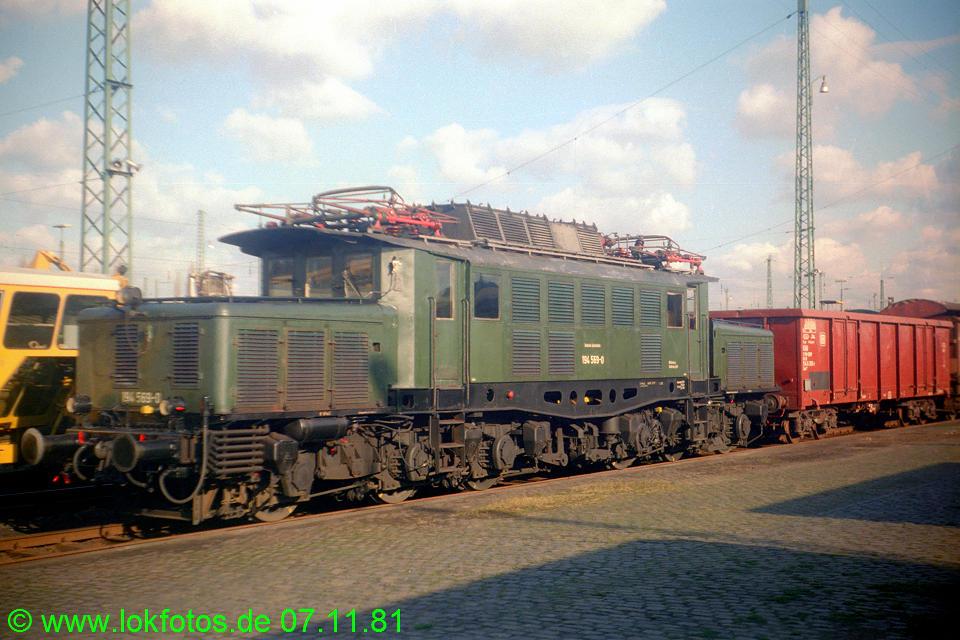 http://www.lokfotos.de/fotos/1981/1107/00908.jpg
