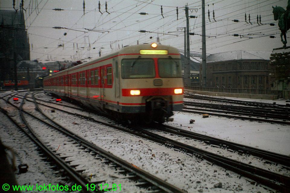 http://www.lokfotos.de/fotos/1981/1219/00959.jpg