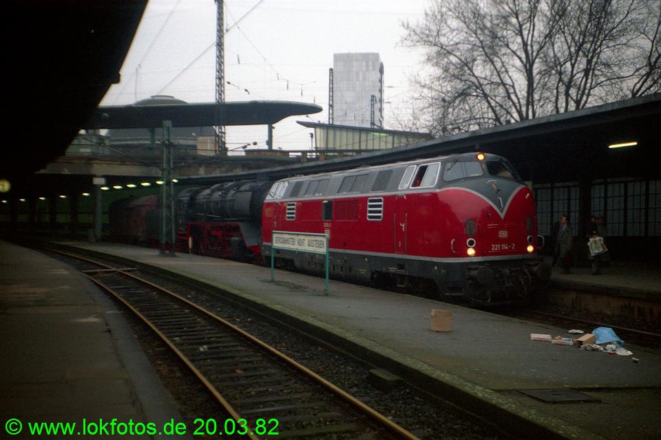 http://www.lokfotos.de/fotos/1982/0320/01080.jpg