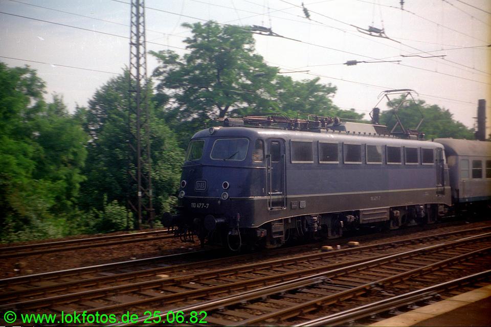 http://www.lokfotos.de/fotos/1982/0625/01312.jpg
