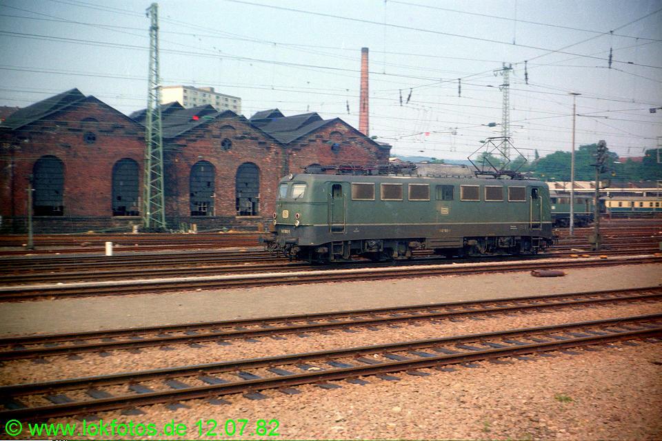 http://www.lokfotos.de/fotos/1982/0712/01360.jpg