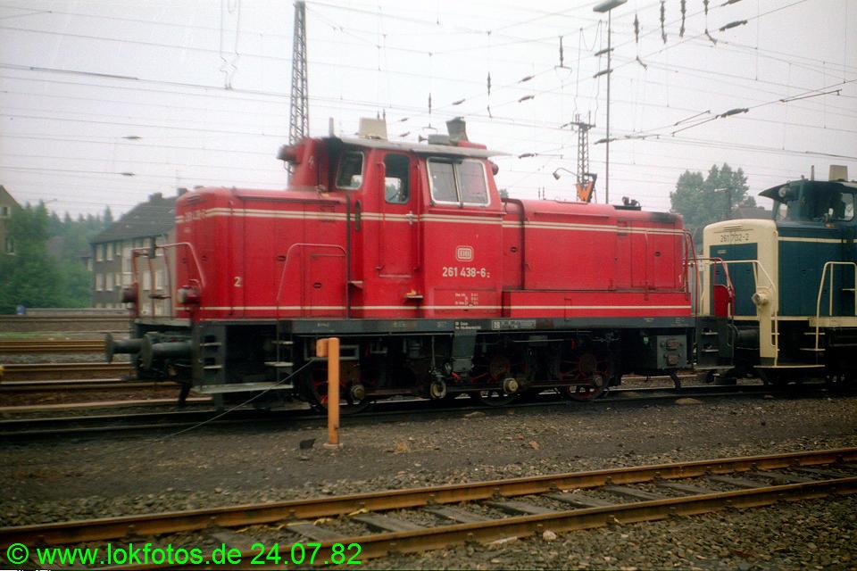 http://www.lokfotos.de/fotos/1982/0724/01525.jpg
