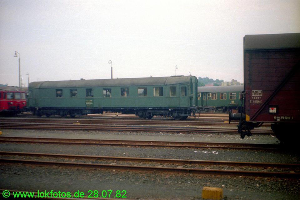 http://www.lokfotos.de/fotos/1982/0728/01554.jpg
