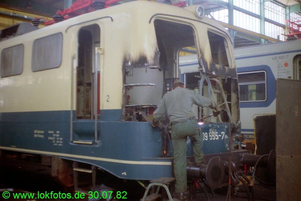 http://www.lokfotos.de/fotos/1982/0730/01583.jpg