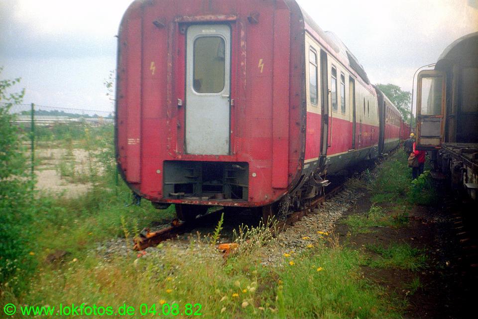 http://www.lokfotos.de/fotos/1982/0804/01639.jpg