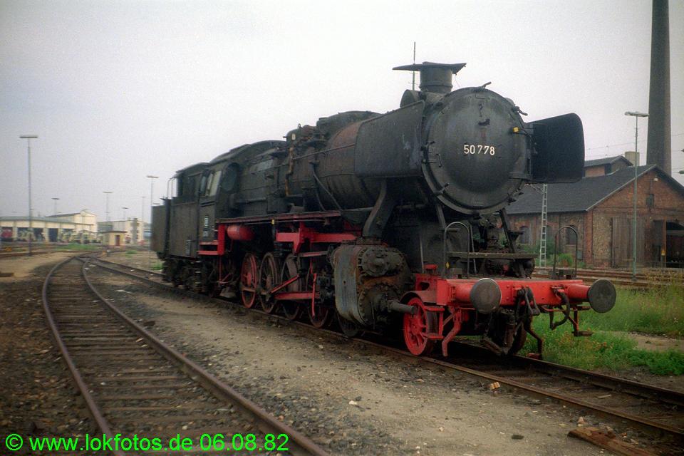 http://www.lokfotos.de/fotos/1982/0806/01661.jpg