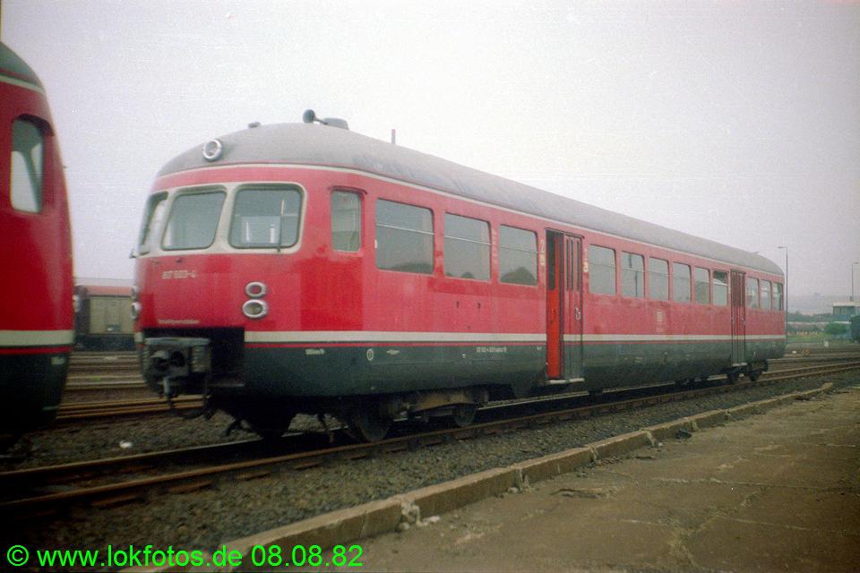 http://www.lokfotos.de/fotos/1982/0808/01673.jpg