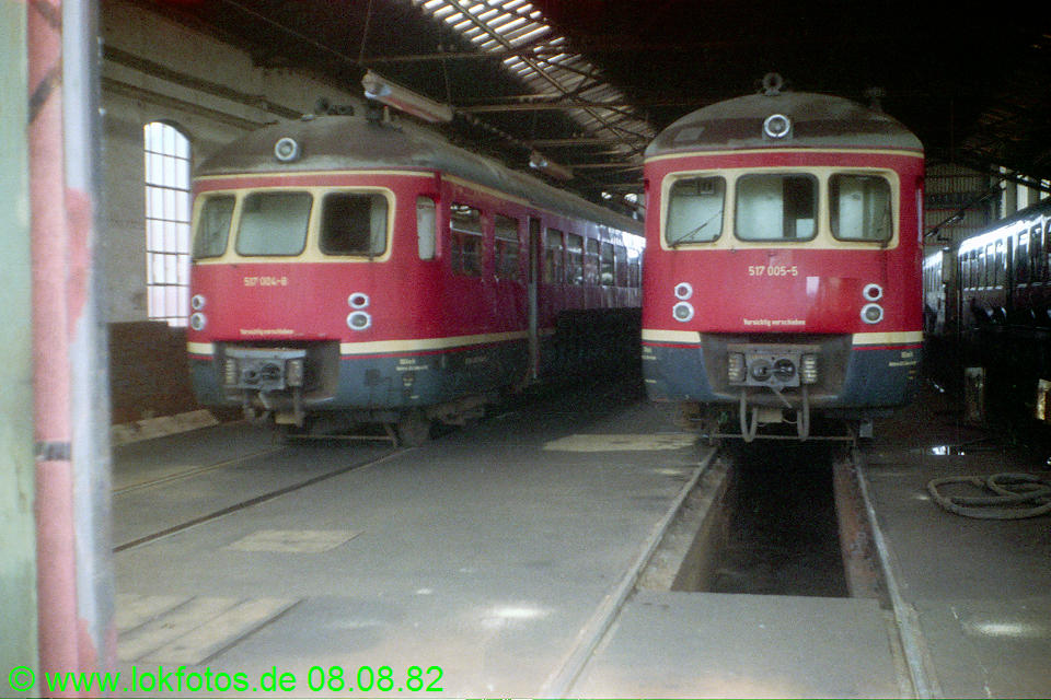 http://www.lokfotos.de/fotos/1982/0808/01674.jpg