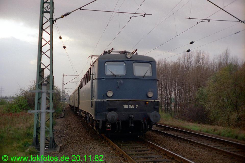http://www.lokfotos.de/fotos/1982/1120/01760.jpg