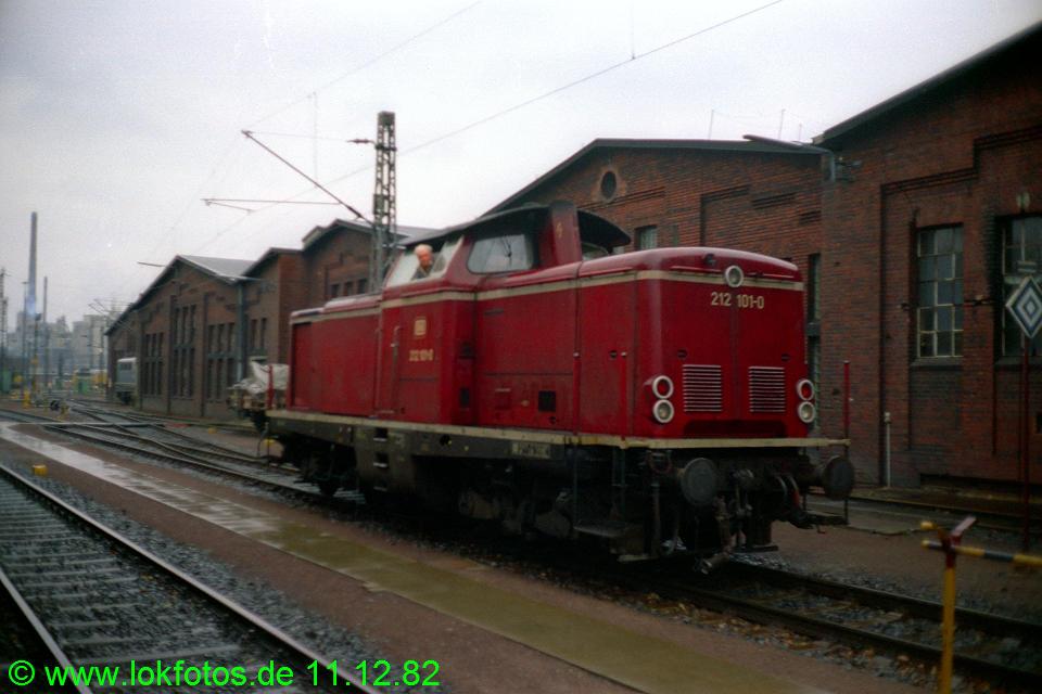 http://www.lokfotos.de/fotos/1982/1211/01774.jpg
