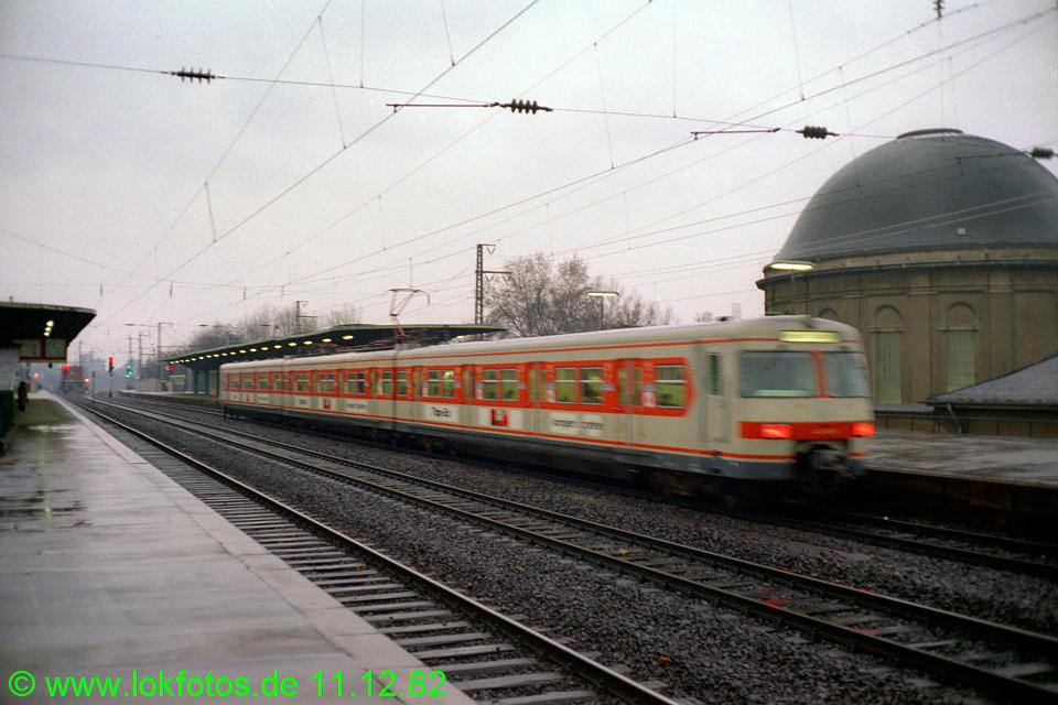 http://www.lokfotos.de/fotos/1982/1211/01785.jpg