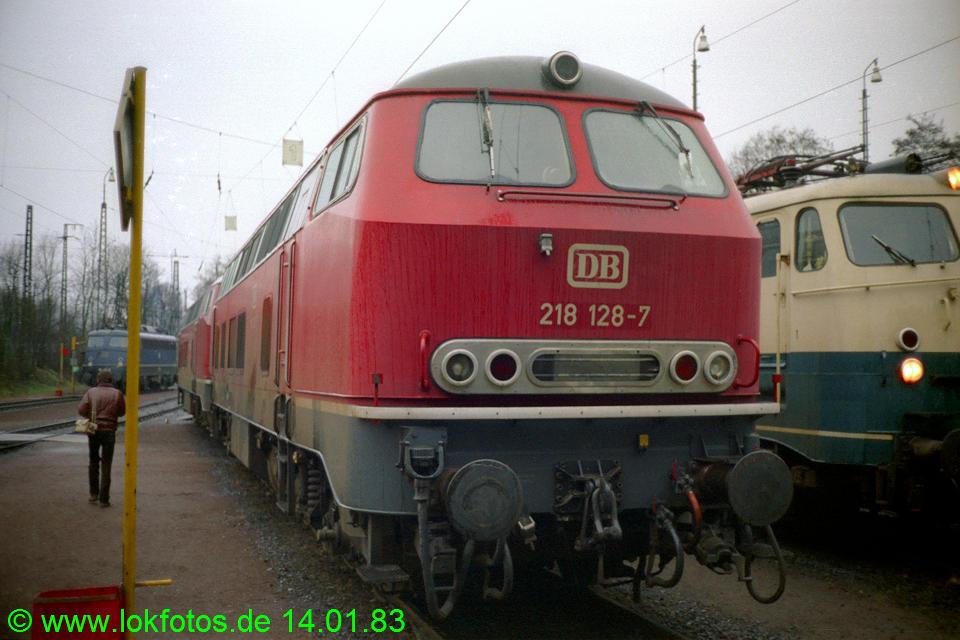 http://www.lokfotos.de/fotos/1983/0114/01802.jpg