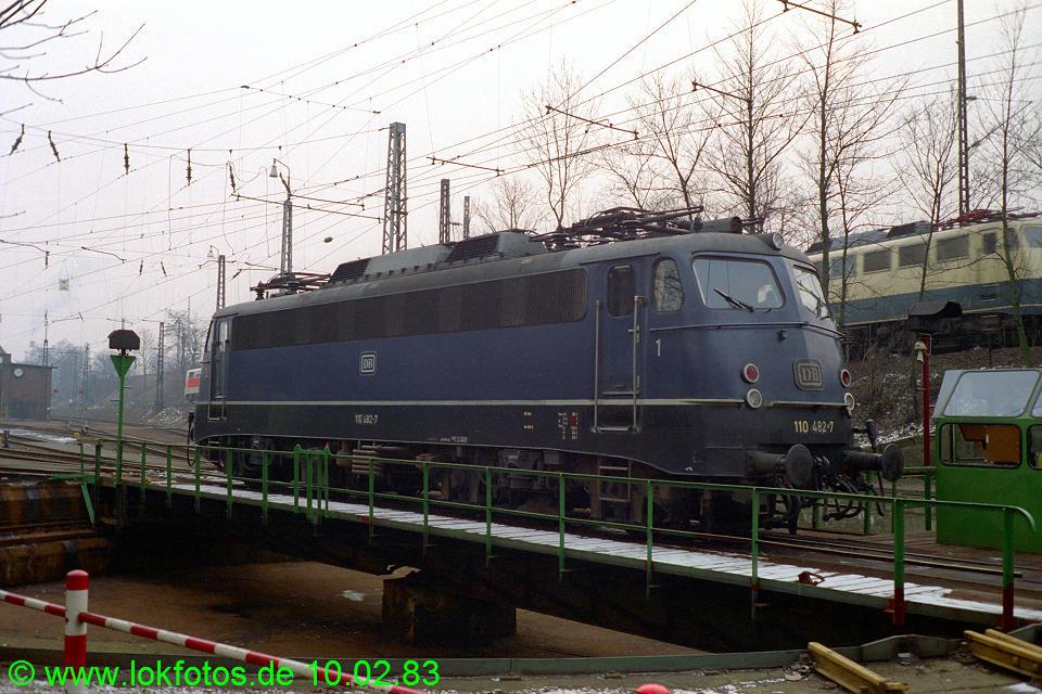 http://www.lokfotos.de/fotos/1983/0210/01814.jpg