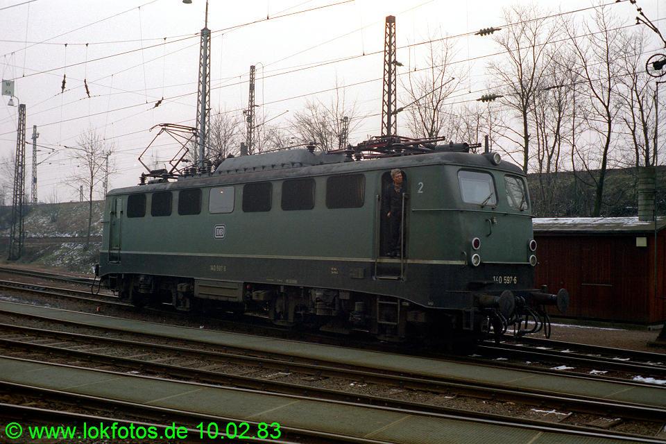http://www.lokfotos.de/fotos/1983/0210/01816.jpg