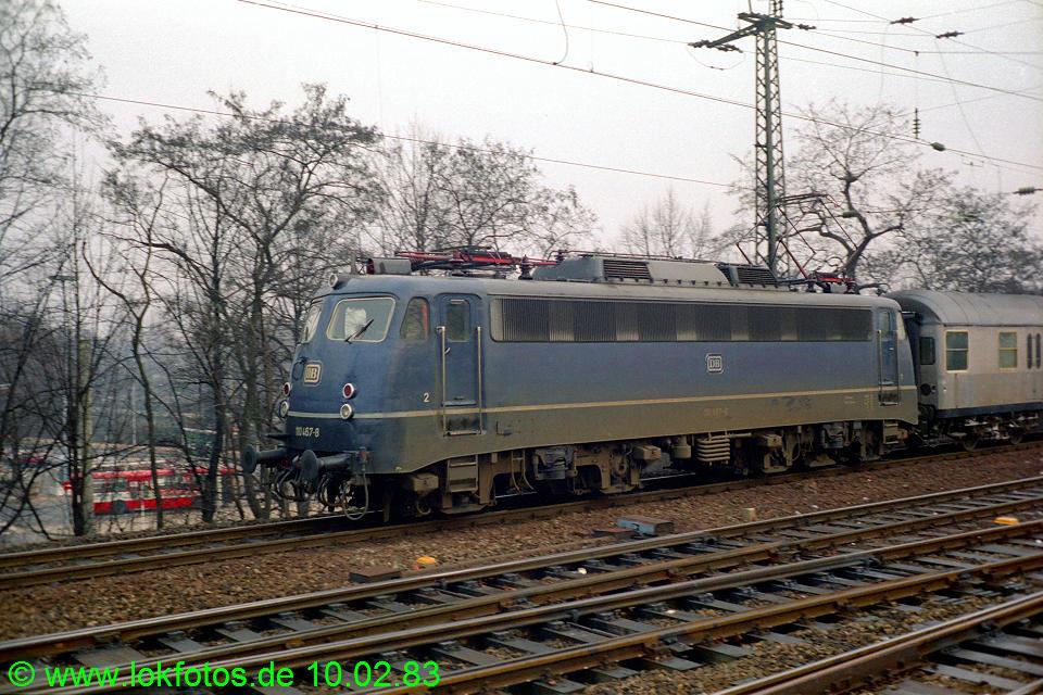 http://www.lokfotos.de/fotos/1983/0210/01820.jpg
