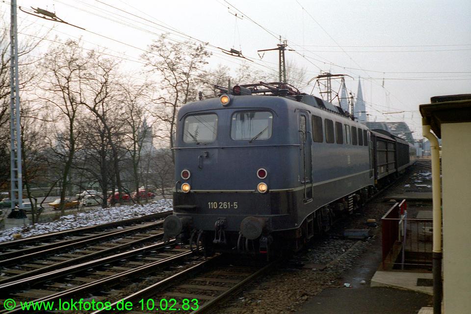 http://www.lokfotos.de/fotos/1983/0210/01823.jpg