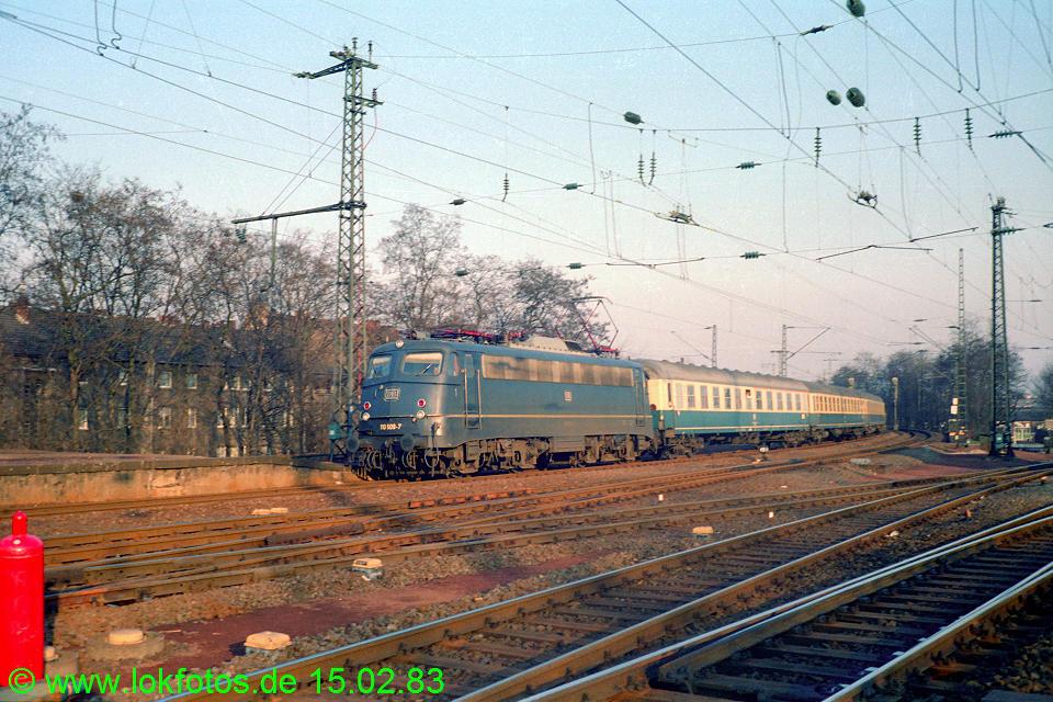 http://www.lokfotos.de/fotos/1983/0215/01839.jpg